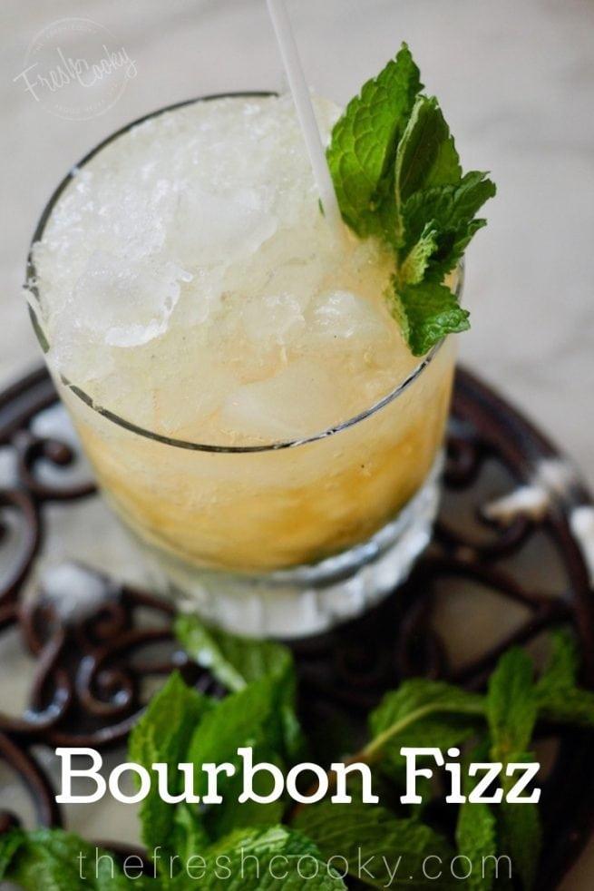 Bourbon Fizz | www.thefreshcooky.com