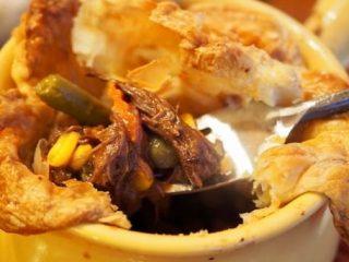 Beef Pot Pie | www.thefreshcooky.com