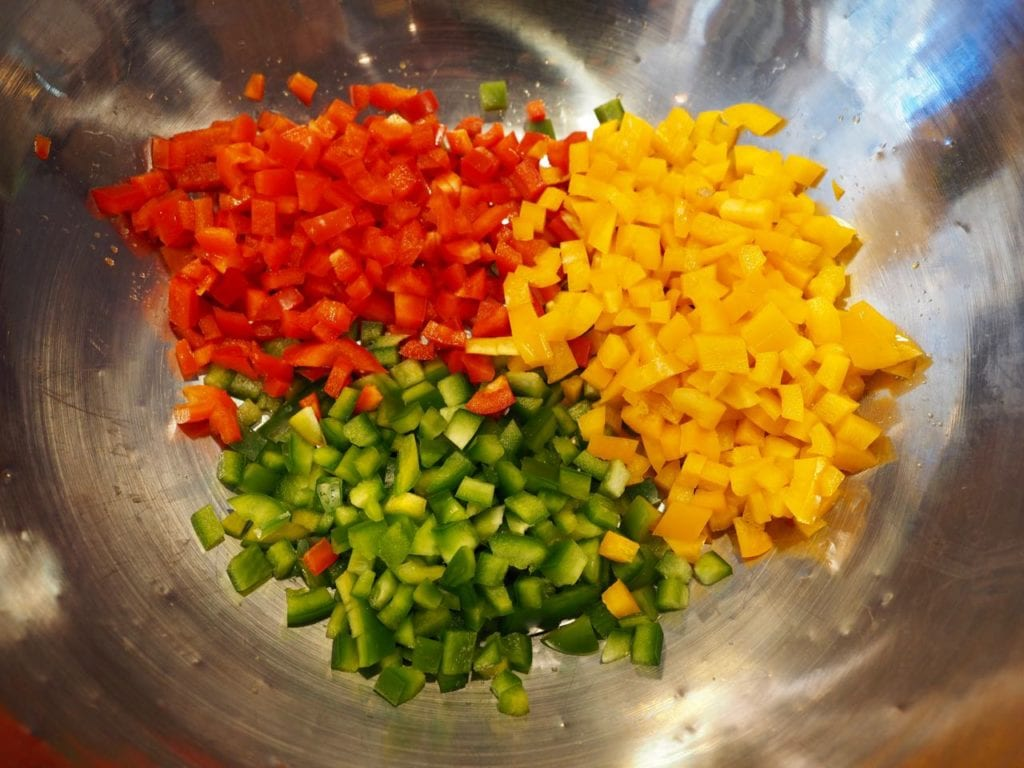 chopped multi-colored bell peppers | www.thefreshcooky.com