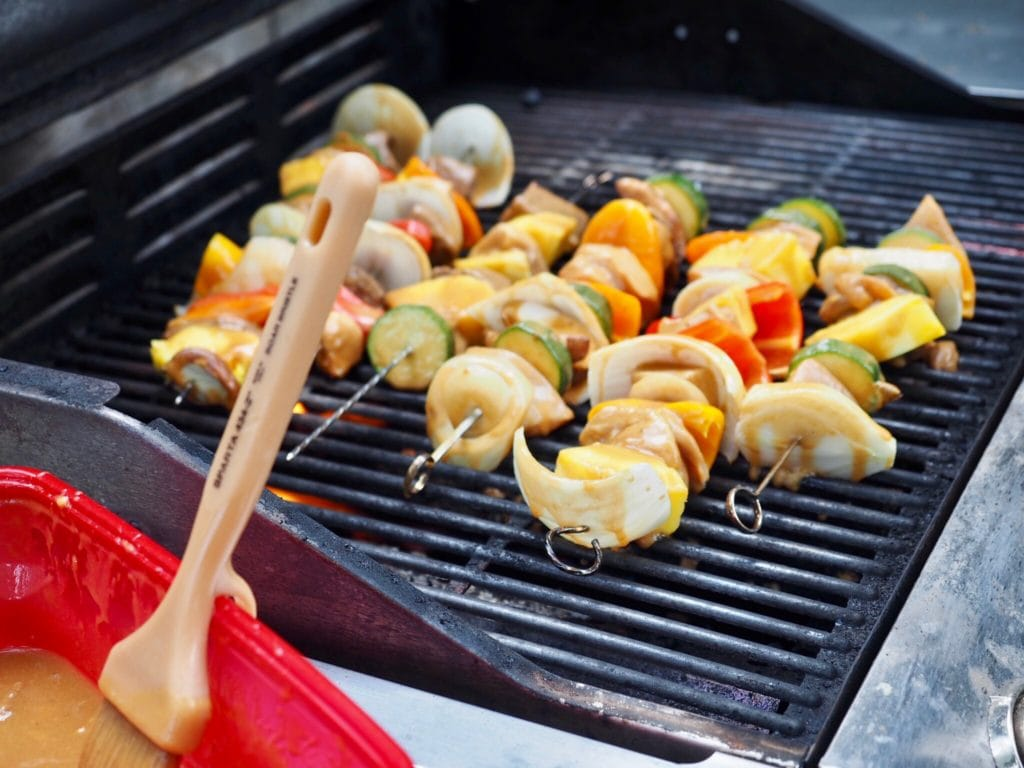 Shish Kababs on Grill with basting brush | www.thefreshcooky.com