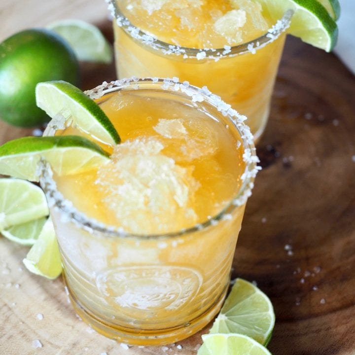 Simple 4 Ingredient Margaritas(Regular or Frozen)
