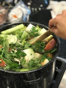 Mineral Vegetable Broth | www.thefreshcooky.com
