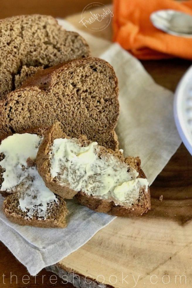 Russian Black Bread | www.thefreshcooky.com