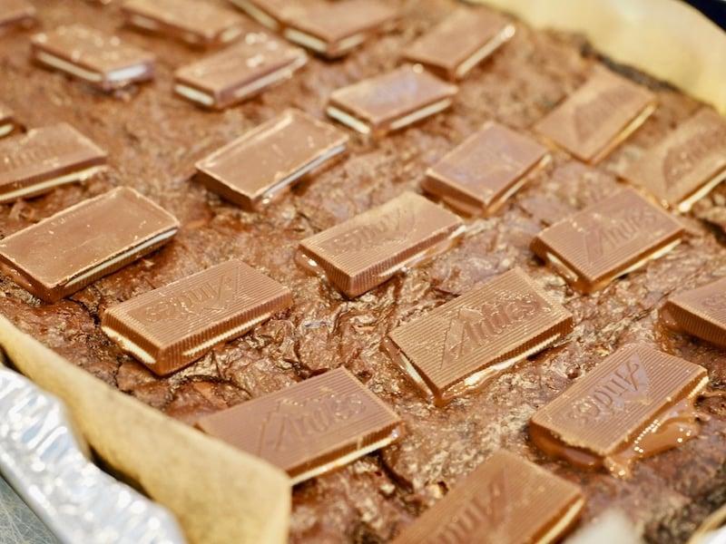 Andes Mint Brownies   www.thefreshcooky.com #andesmints #brownies #mintbrownies
