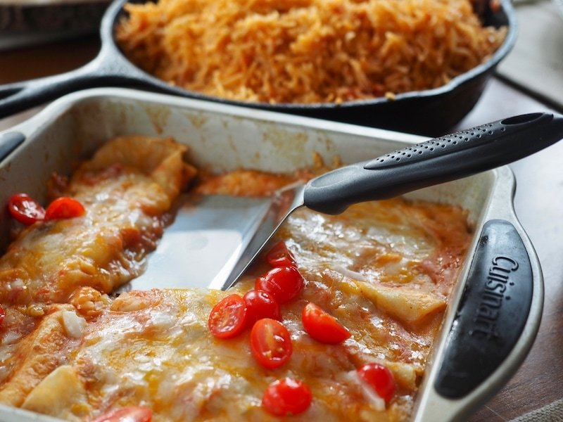 Cheese Enchiladas | www.thefreshcooky.com #cheeseenchiladas #enchiladas #mexican