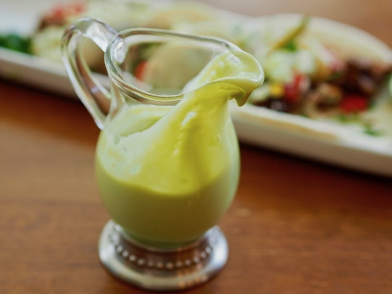 avocado lime dressing for barbacoa street tacos | www.thefreshcooky.com