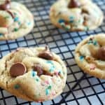 Cake Batter Chocolate Chip Cookies #thefreshcooky #cakebatter #chocolatechip #natural #cookies