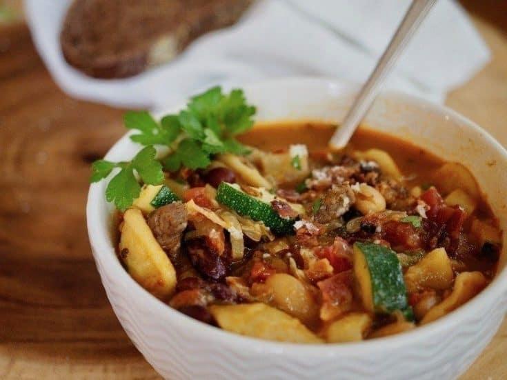 Best Bacon Beef Minestrone Soup