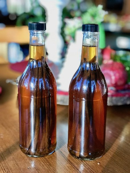 two bottles of Homemade Vanilla Extract | www.thefreshcooky.com