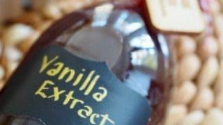 Homemade DIY Vanilla Extract