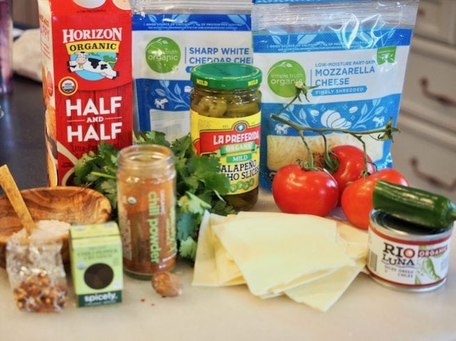 White Queso Ingredients | www.thefreshcooky.com