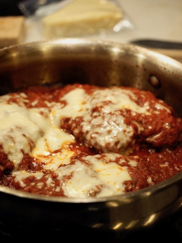 Easy Chicken Parmesan | www.thefreshcooky.com
