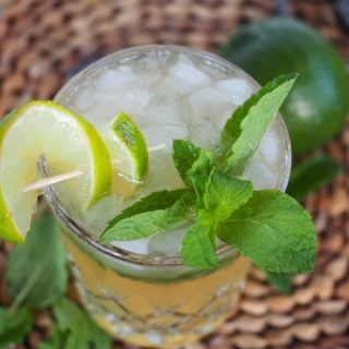 Colorado Whiskey Mule | www.thefreshcooky.com