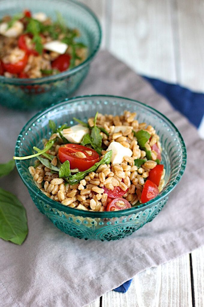 Fresh Farro Caprese Salad Recipe