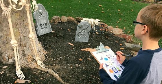 Halloween Decoration Neighborhood Scavenger Hunt