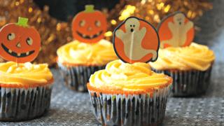 Vintage Halloween Cupcakes