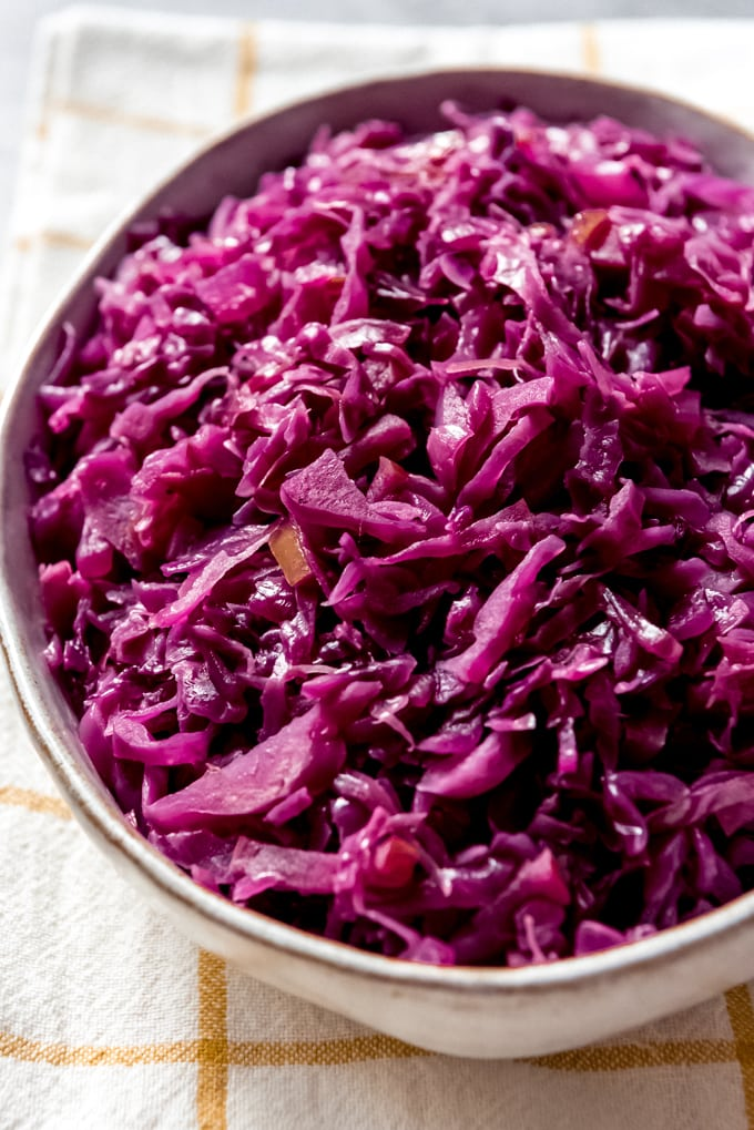 Traditional German Red Cabbage (Rotkohl)