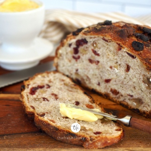 Cranberry Walnut Bread (No Knead)